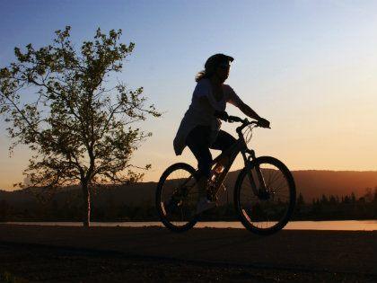 womanonbike420x315